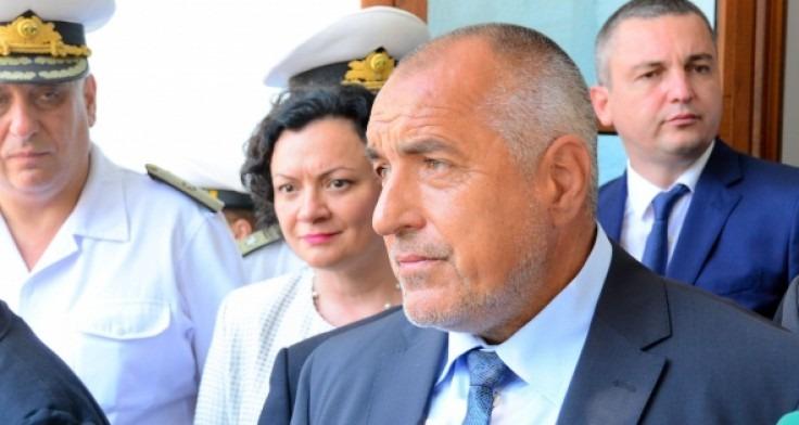 Бойко Борисов към варненци: Акциите в панаира или Дупка, избирайте