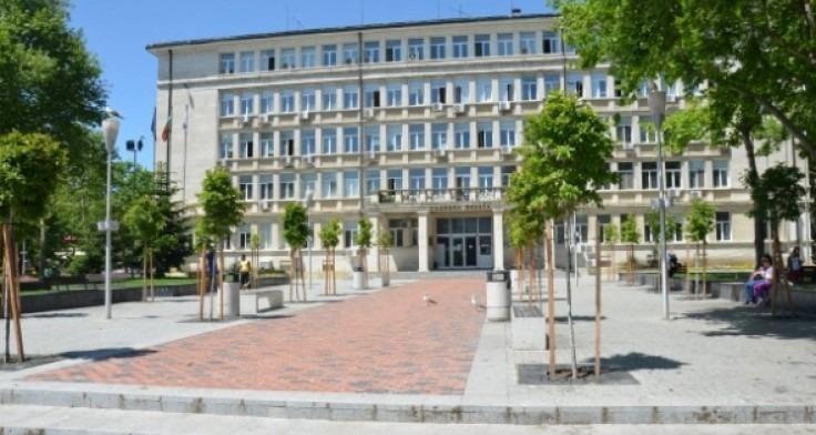 Съдът глоби Община Варна с 1000 лева заради заледен тротоар
