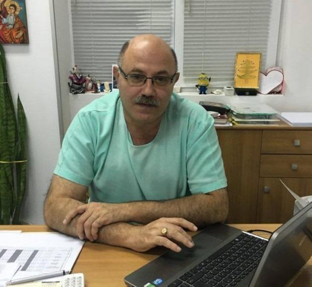 Хирурзи от Варна извадиха 3 кг топка от коса от стомаха на дете