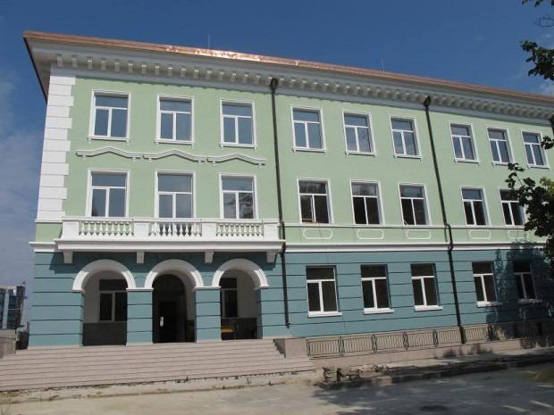 Бившият техникум по автотранспорт във Варна става Колеж по туризъм