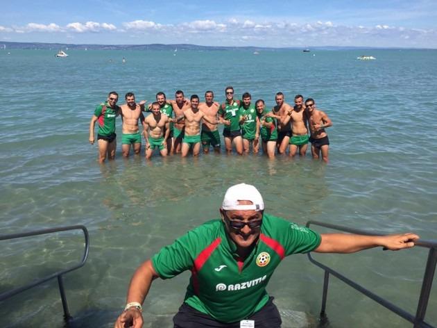 Националите по плажен футбол завършиха с победа в Унгария