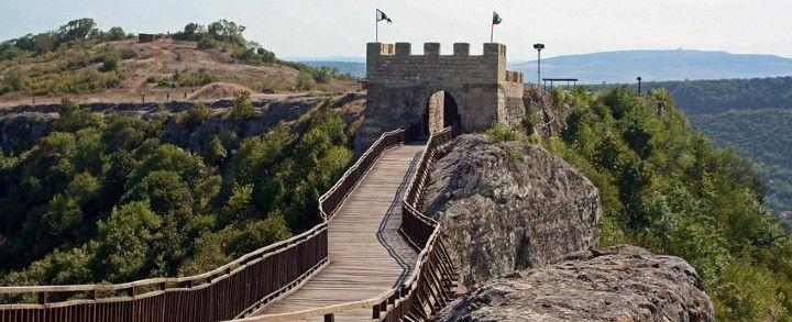 Какво богатство се крие в скалите около  Варна