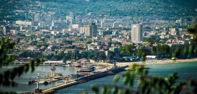 Във Варна представят книга, описваща събития и личности от историята на града
