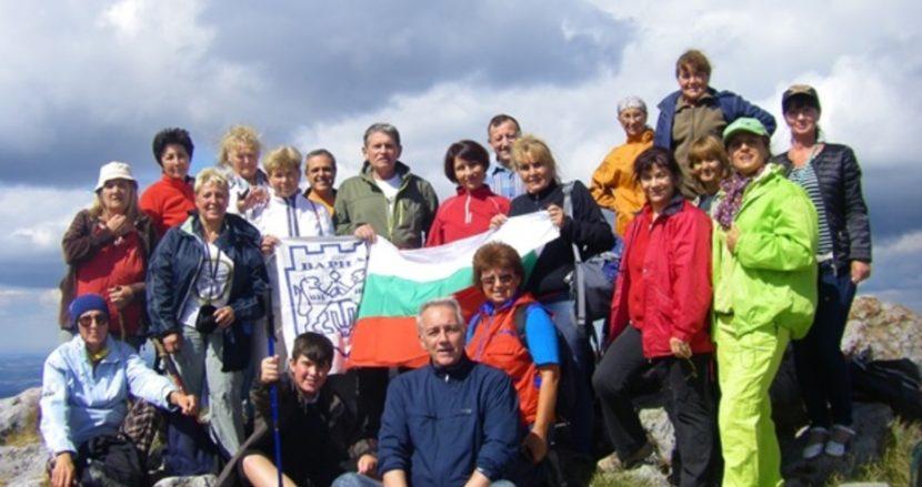 За 3 дни! Варненци покориха високи исторически върхове – посветиха подвига на Варна
