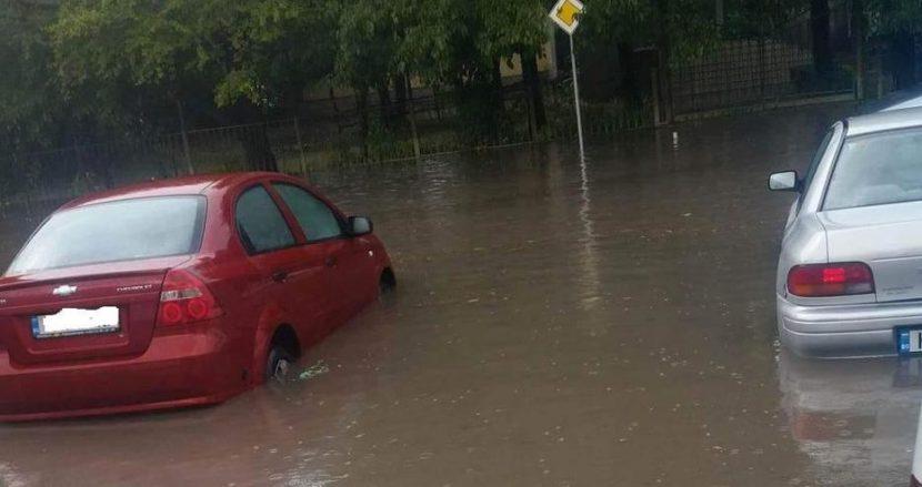 Районът на Зеленчуковата борса пак е под вода!