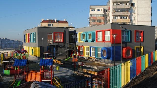 345 свободни места в детските ясли във Варна