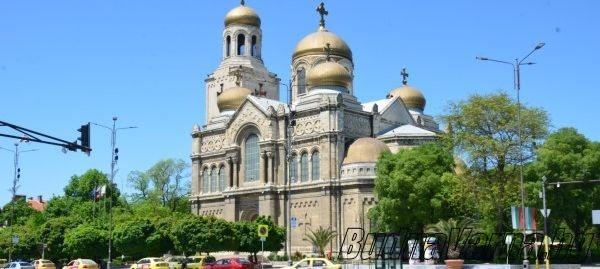 Интернет сайт разкрива историята на емблематични сгради в центъра на Варна