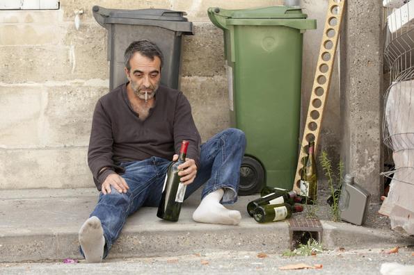 Психолози съветват безплатно близки на алкохолици
