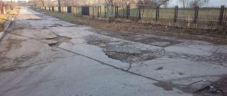 Преасфалтират десетки улици в Девня