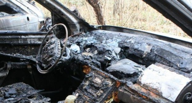 Автомобили горяха през празничните дни