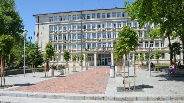 Съдят счетоводител от Варна за измами