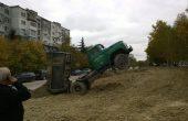 """""""Щракнахме"""" камион на ВиК – Варна в позиция за излитане! (снимки)"""