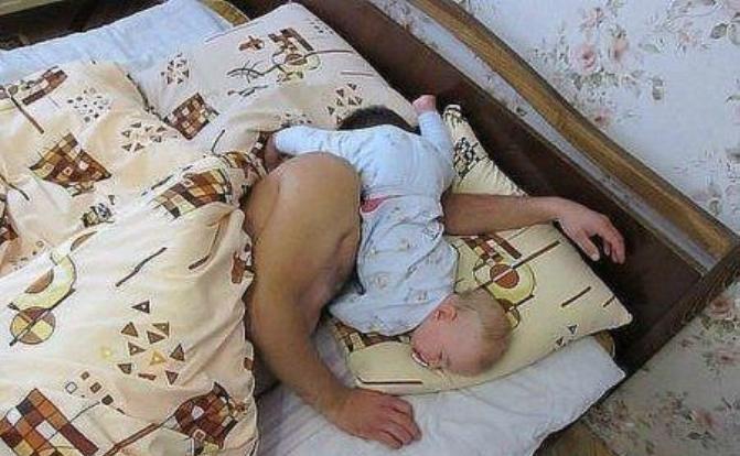 По колко часа трябва да спим