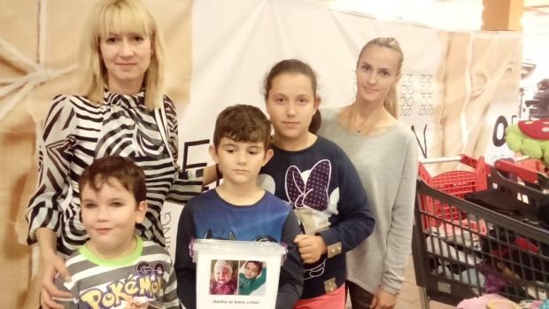 """Благотворителният базар във """"Владиславово"""" събра над 3500 лв. за малките Алекс и Емо"""