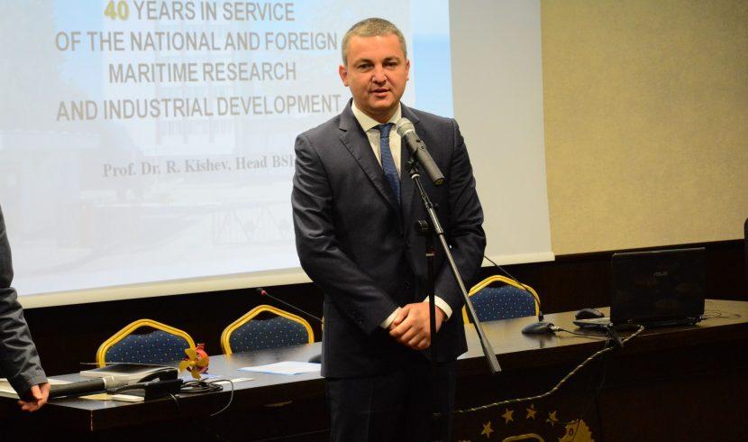 Иван Портних: Учени се включват в общински проекти за Варна
