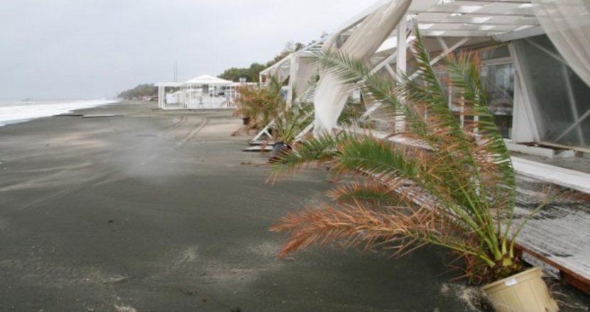 Жълт код за бурни ветрове край морето