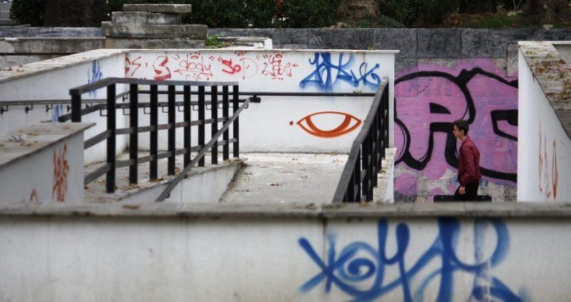 Вандалите отново завладяха подлезите (снимки)