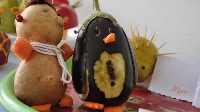 """Зеленчуци и плодове оживяват в ДГ """"Теменужка"""""""