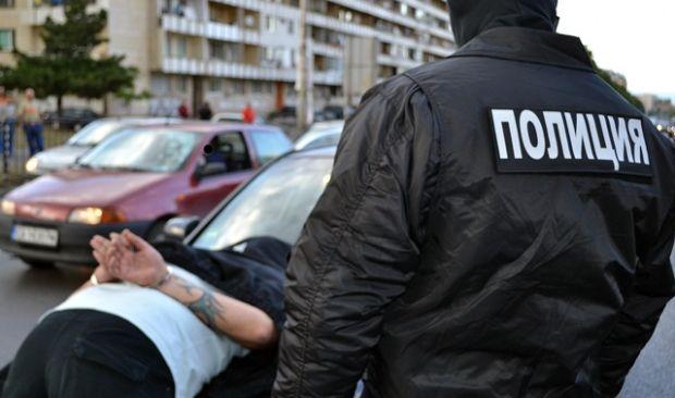 Спипаха трима дилъри по време на сделка във Варна
