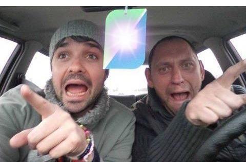 Читател на BudnaVarna.bg: троловете на Гуци Павел Раличков и Александър Атанасов погребват Радев във Варна