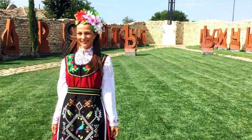 Литийно шествие в двора на кирилицата в Плиска