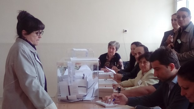РИК – Варна показа как ще изглежда бюлетината за балотажа тази неделя (снимка)