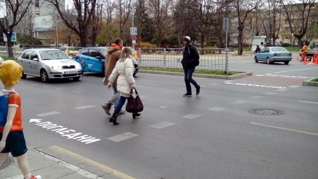 Глобиха шестима пешеходци за нарушения на пътя във Варненско