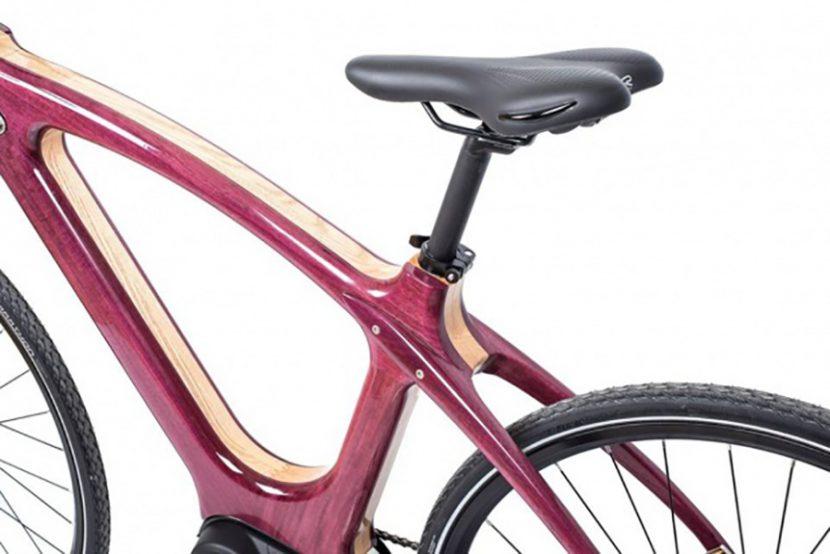 Варненци изобретиха уникален дървен велосипед (СНИМКИ)