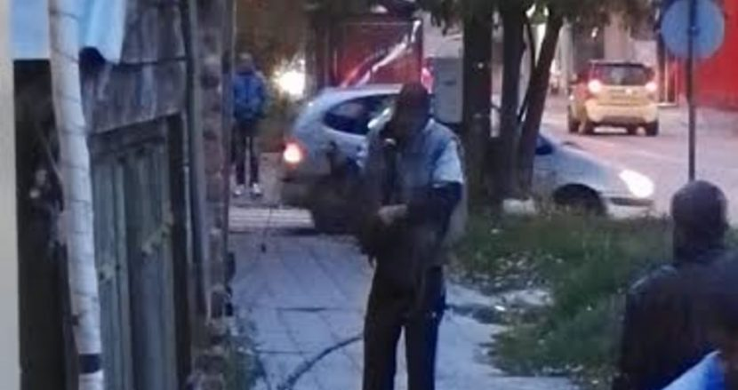 Крадат кабели посред бял ден на варненска улица