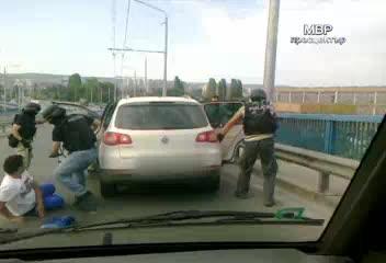 Извънредно! Масови арести в ДАИ-Варна