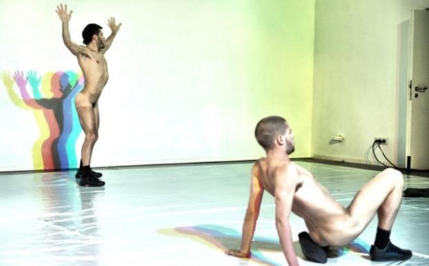 Чисто голи мъже ще танцуват на сцената на Кукления театър във Варна (видео +18)