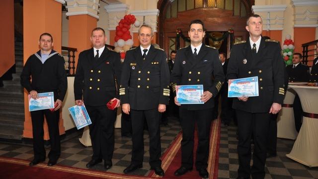 Наградиха най-добрите морски военнослужещи за 2016 година