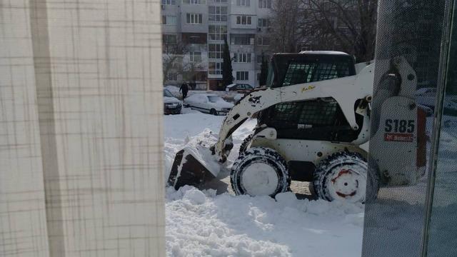 """Във """"Владиславово"""" остават междублоковите пространства и улицие"""