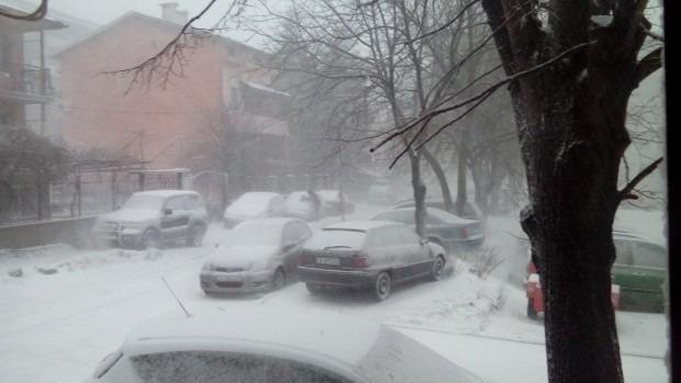 Леден вятър във Варна, температурата се усеща като минус 19