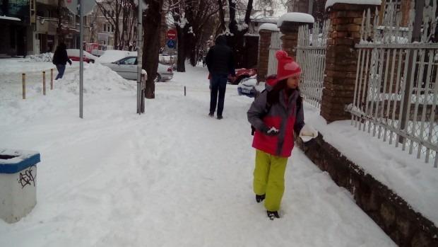 Родители от Варна: Спираме децата от училище до края на седмицата, има извинителни бележки!