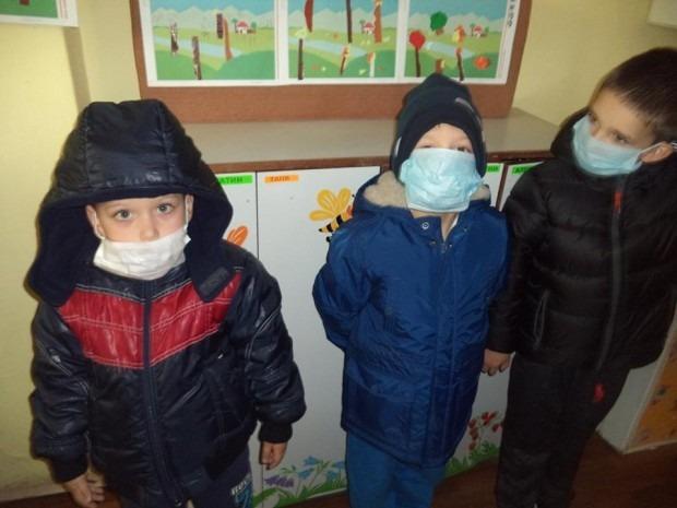 Варненските малчугани се върнаха в училищата и детските градини