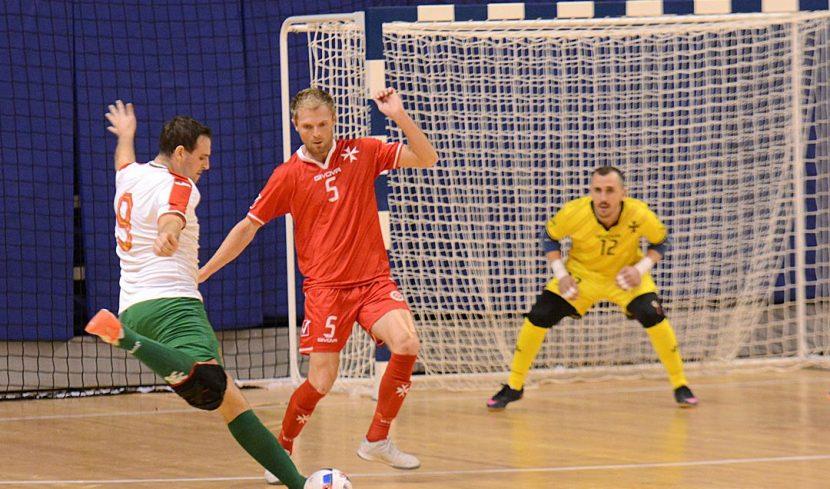 България сгази Малта в евроквалификациите по футзал