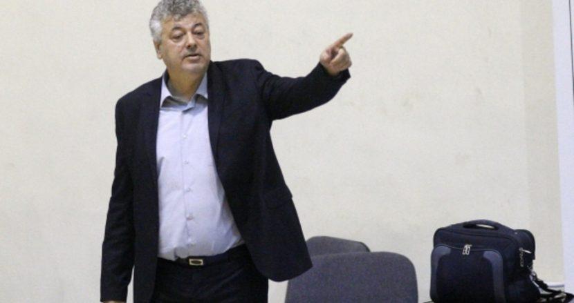 Баскетболистите на Черно море Тича пристигнаха с влак за мача в Пловдив