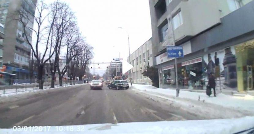 Опасен шофьор във Варна (видео)