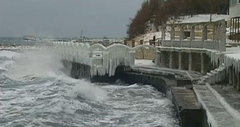 Вижте невероятната красота на зимата край Варна (видео)