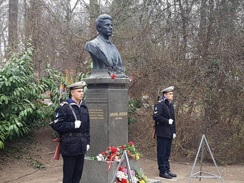 Варна почете делото на Апостола на свободата (снимки)