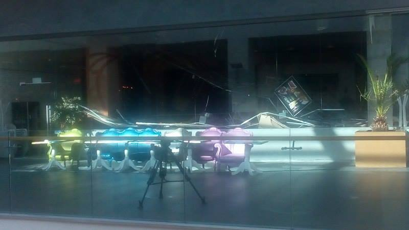 Газова бутилка гръмна във варненски мол (видео)