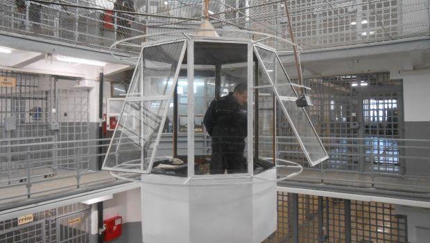 Варненският затвор вече има вандалоустойчиви тоалетни