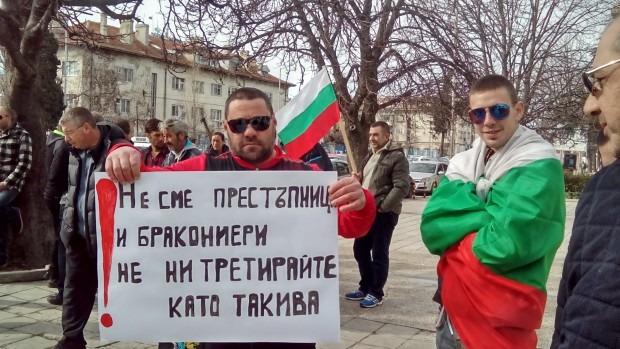 Рибарите във Варна: Мутренските истории продължават, ще блокираме пътища и мостове!