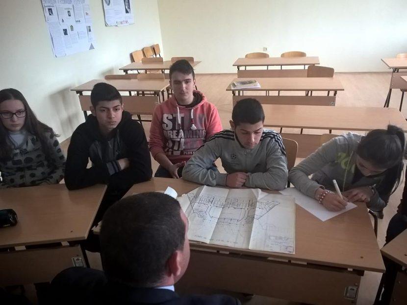 Ученици ще сътрудничат на Община Девня за развитието на спортната база в града