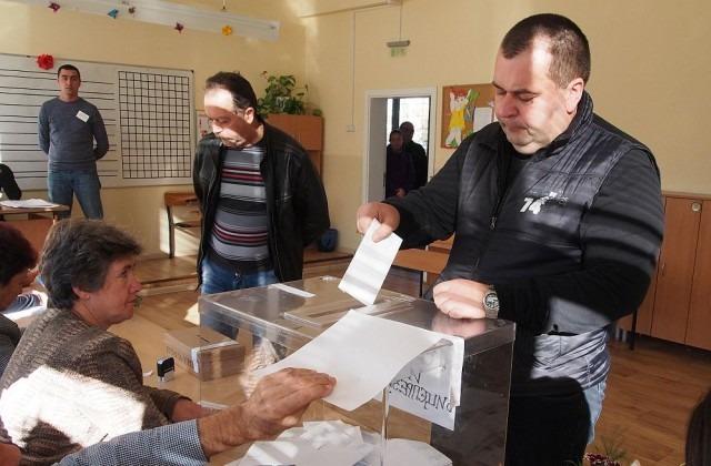 ВАС отмени забраната за снимане в избирателните секции