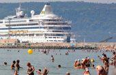 Наплив от руски туристи за летни почивки във Варна