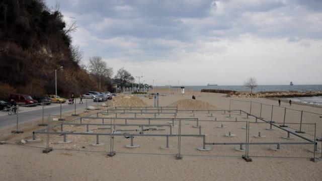 Проверката на плажа във Варна не констатира нарушения
