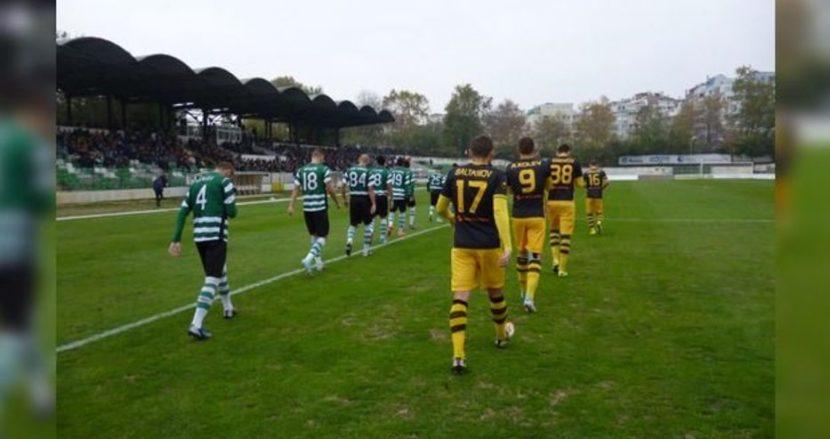 Черно море играе успешно с Ботев у дома