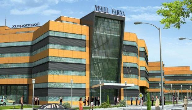 Първият мол във Варна се връща към нов живот